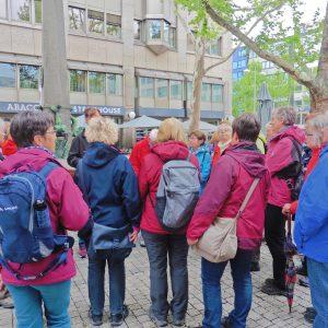 Beginn der Führung durch das Zentrum von Stuttgart